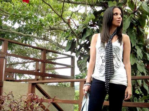 Outfit-con-polka-dots-y-denim-jacket-en-blog-de-personal-style-Desde-el-Tropico