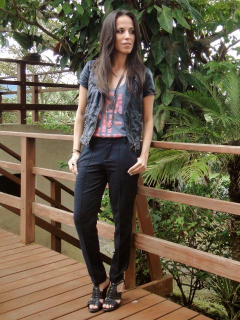 outfit-look-casual-con-pantalón-de-vestir-en-Desde-el-Trópico-blog-de-moda-y-personal-style