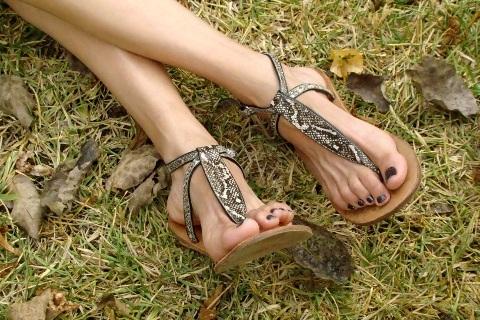 sandalias-snake-print-blog-de-moda-Desde-el-Trópico