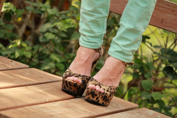zapatos con estampado de leopardo de Aldo Shoes