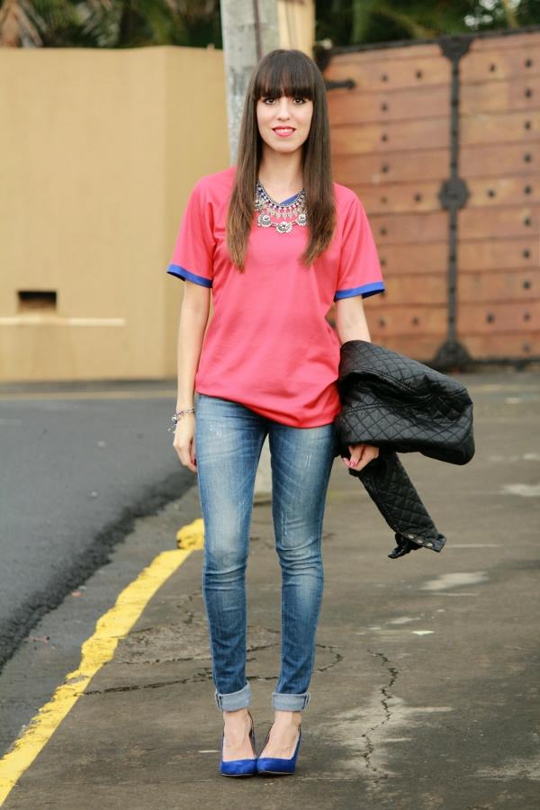 look-sporty-chic-con-camiseta-seleccion-nacional-Costa-Rica
