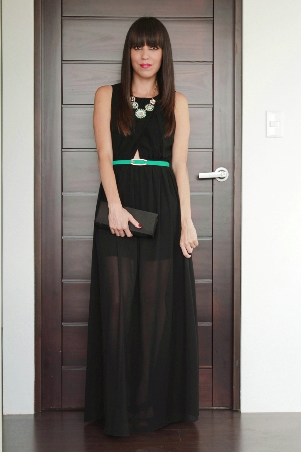 Look de fiesta con maxivestido negro y toques de color... - Blog de Moda Costa Rica - Fashion Blog