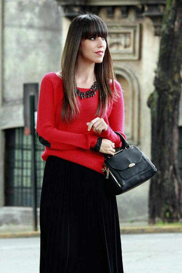 Suu00e9ter rojo y maxifalda para la vu00edspera de Navidad - Blog de Moda Costa Rica - Fashion Blog