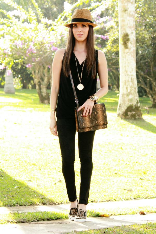 Outfit Negro Y Cafu00e9 Con Dos Prendas U0026quot;animal Printu0026quot; - Blog De Moda Costa Rica - Fashion Blog