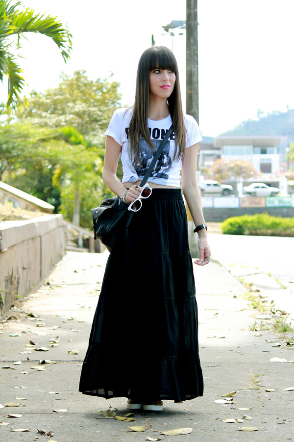 Casual Black Maxi Skirt Outfit